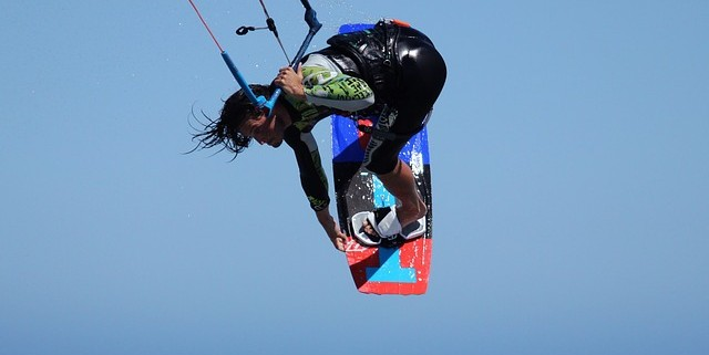 equipo kitesurf