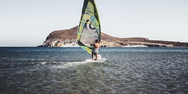 vela windsurf