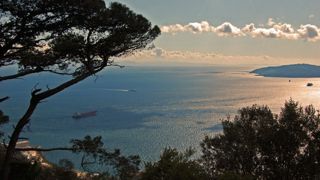 Cruzar a nado el Estrecho de Gibraltar por una causa benéfica